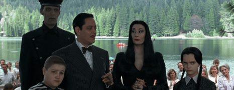 La Familia Addams: La Tradición Continúa (1993)